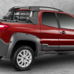 Nova Fiat Strada 2014 Traseira