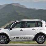 novo-Citroen-Aircross-2014-13