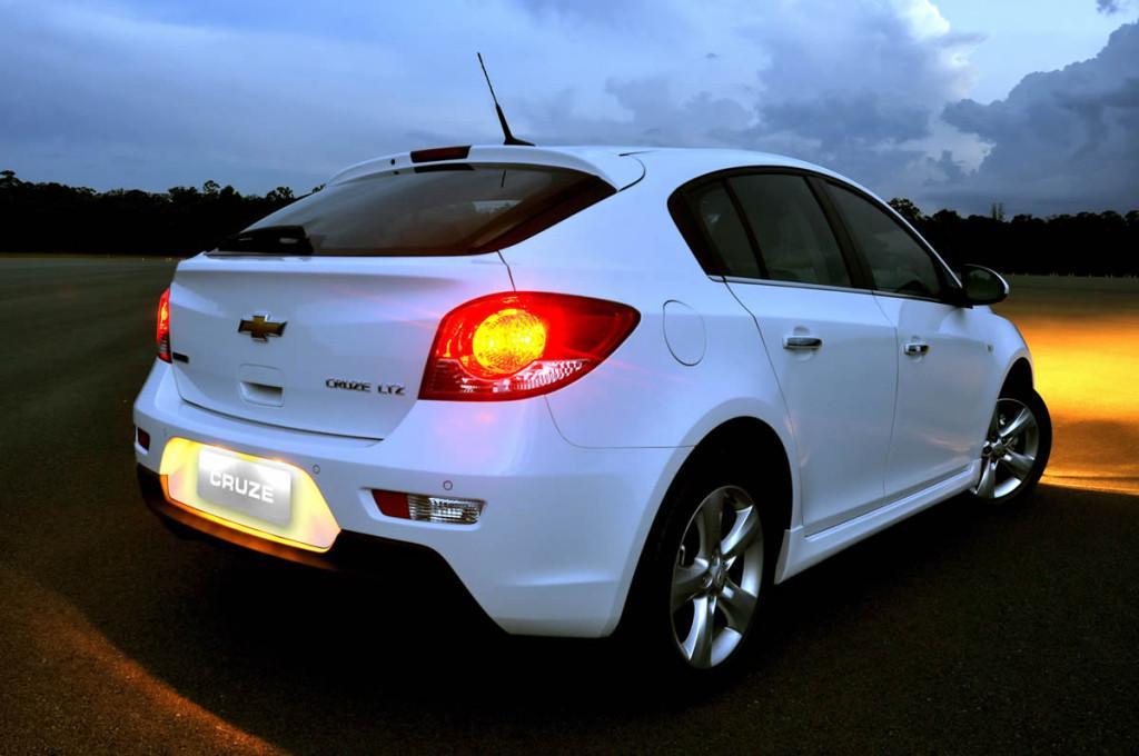 Novo Cruze 2014 Hatch Consumo e Preço