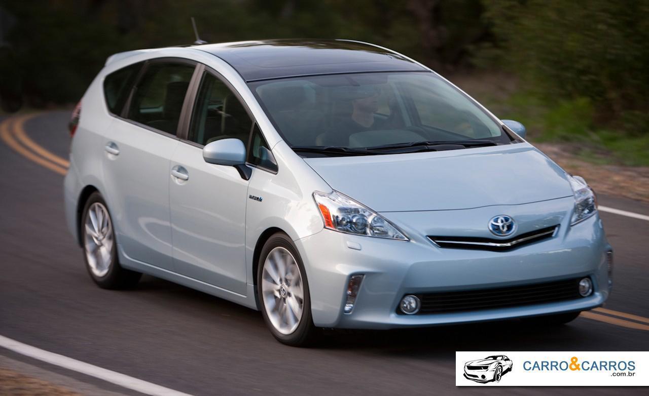 novo-Prius-2014