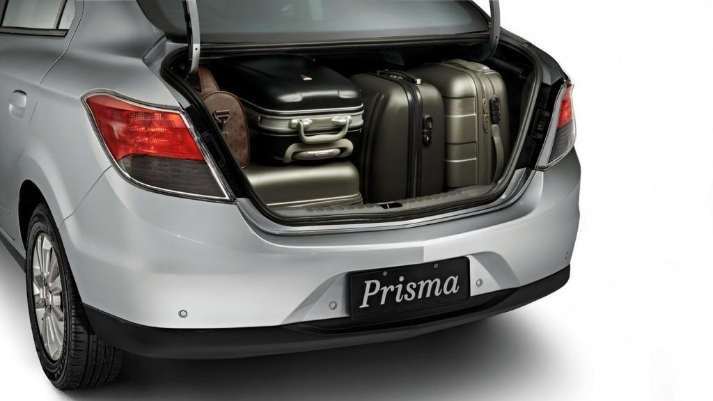 Novo Prisma 2015 - Porta Malas