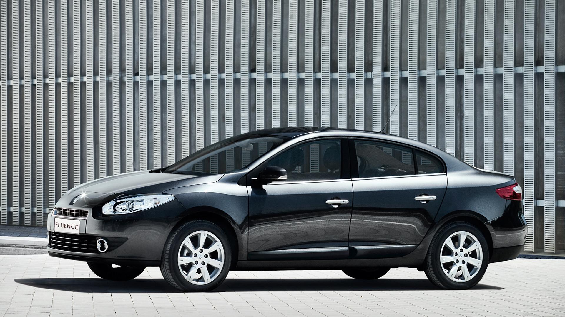 Novo-Renault-Fluence-2015-12