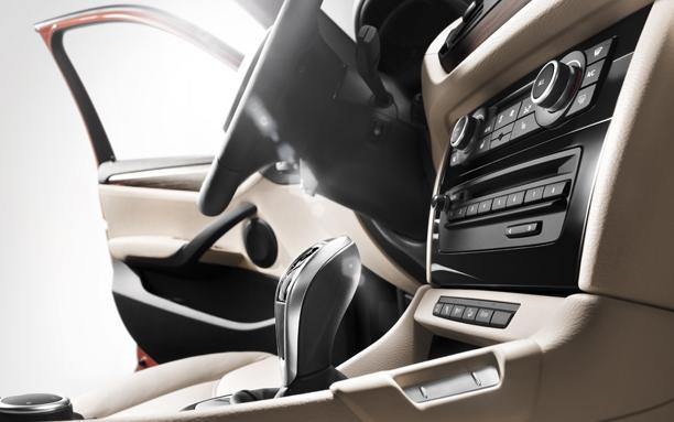 Novo BMW X1 2015 Interior