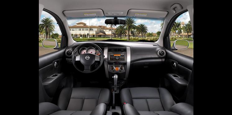 Nissan Livina ou Chevrolet Spin Ficha Técnica