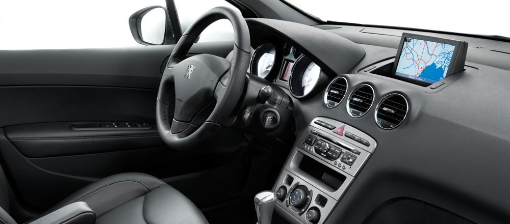 The gallery for peugeot 408 2015 interior for Interior 408 allure