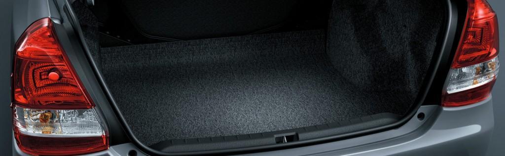 novo-etios-sedan-2015-10