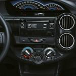 novo-etios-sedan-2015-11
