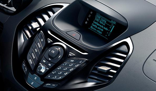 Novo Ford Ka + 2015 Sedan - Interior e Porta malas
