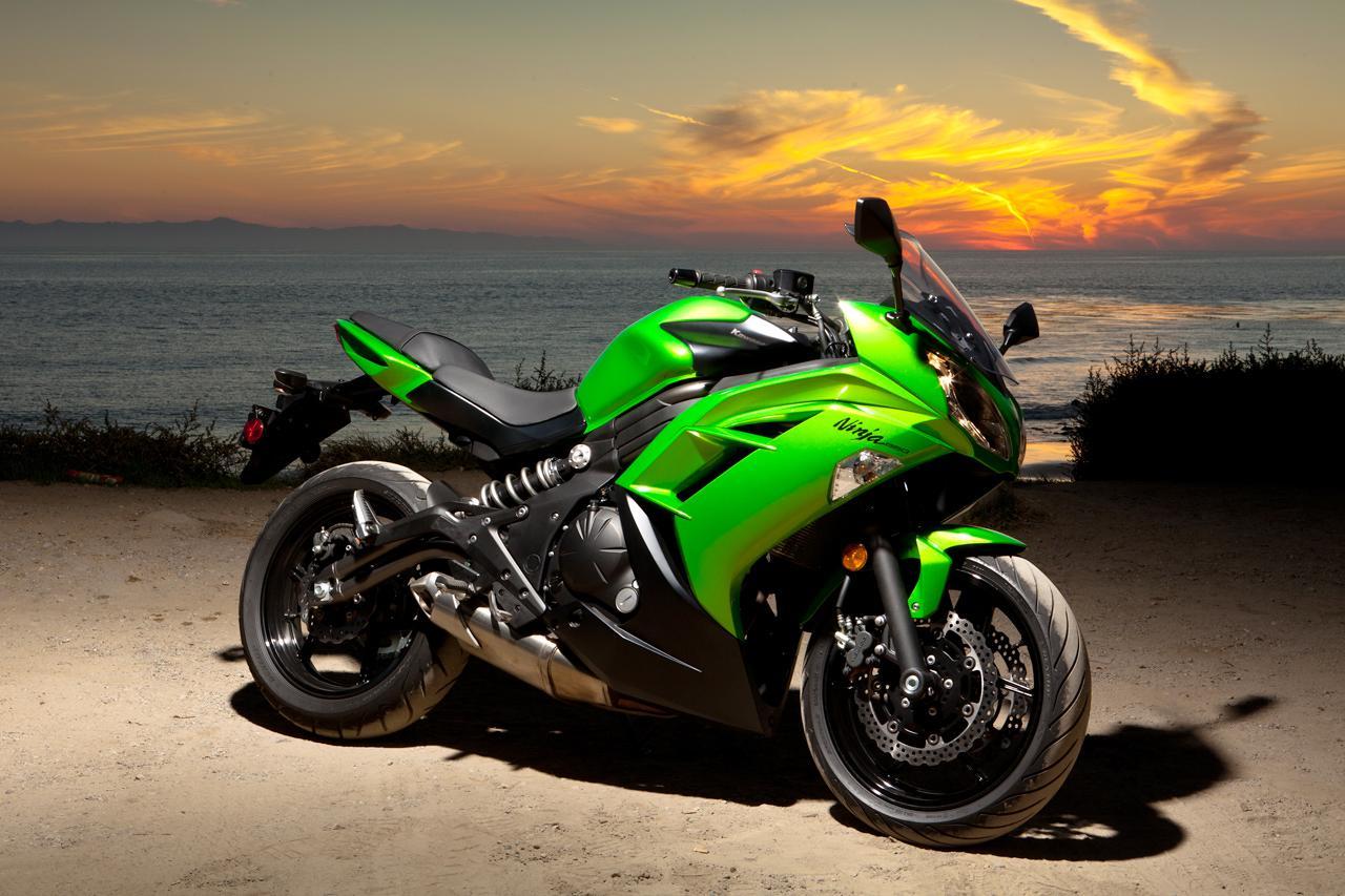 Kawasaki Backgrounds & Kawasaki Ninja Wallpapers For Download