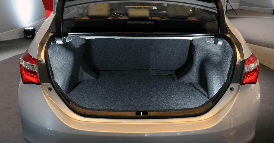 Qual Sedan Médio tem Maior Porta Malas? Confira a lista