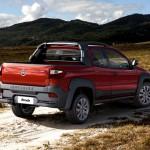 novo-Fiat-Strada-2016-10