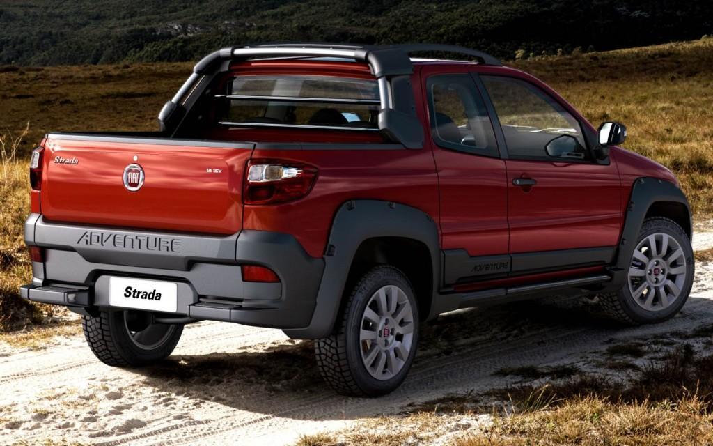 novo-Fiat-Strada-2016