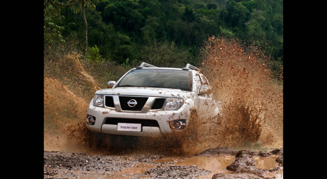 Nissan Frontier 2016 Motor e Ficha Técnica
