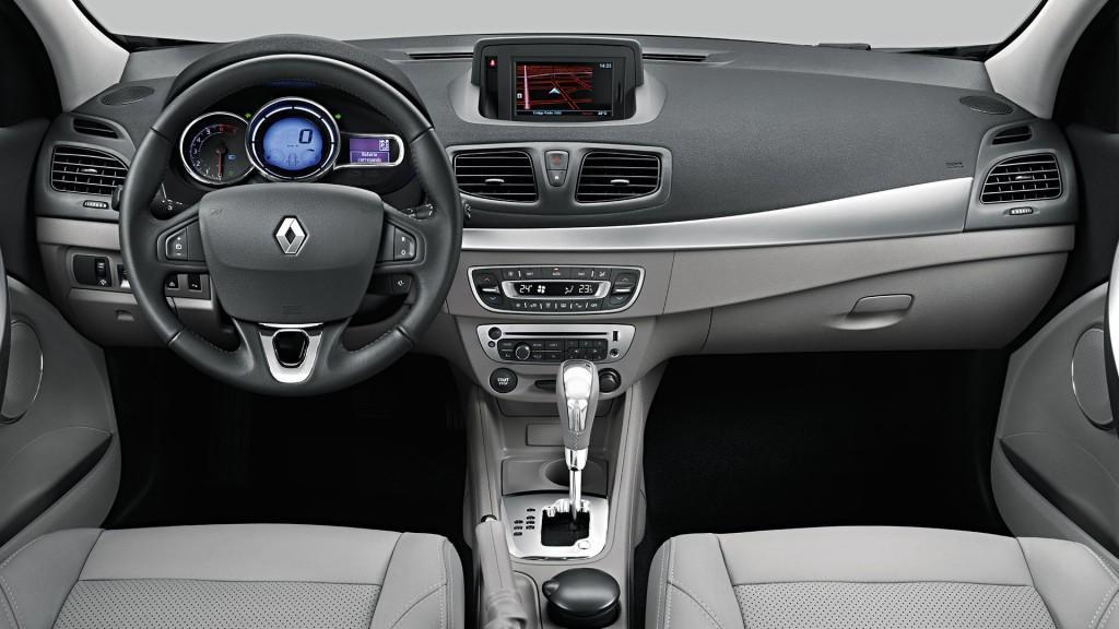 Novo Renault Fluence 2016 Interior e itens de série