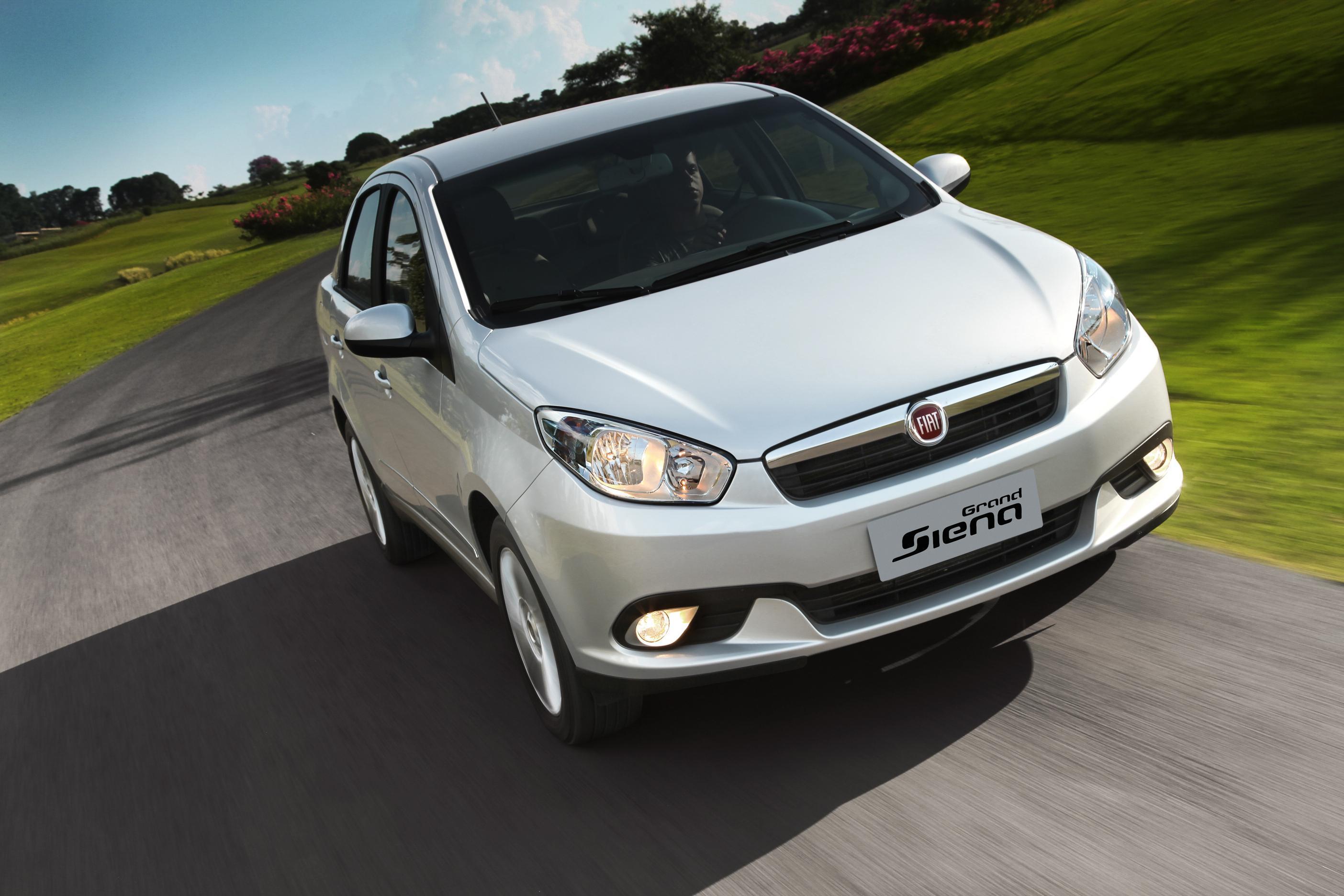 Novo-Fiat-Siena-2016-11