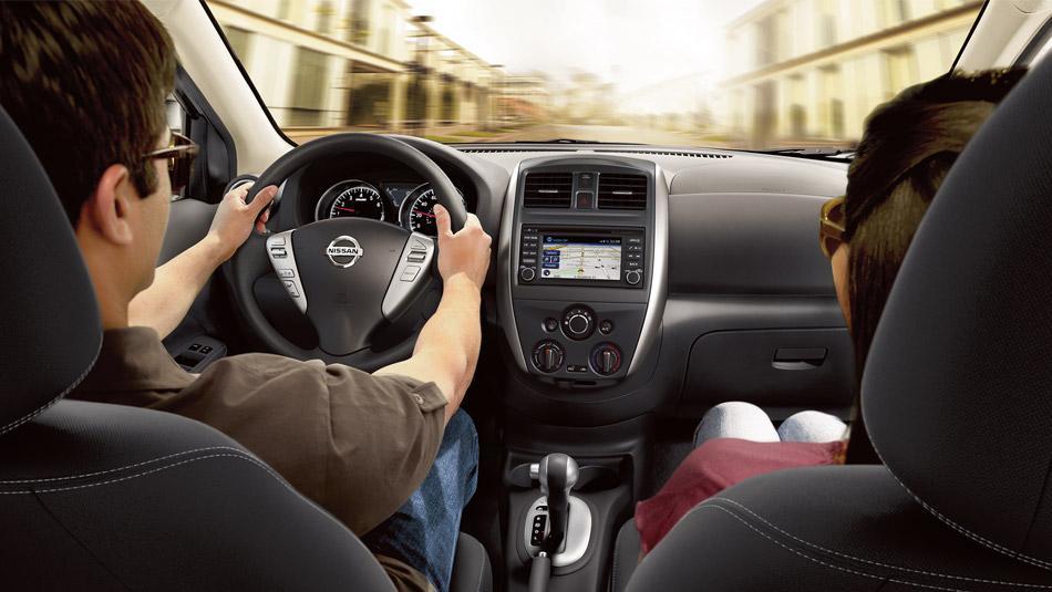 Novo Nissan Versa 2016 - Interior