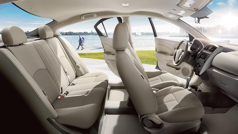 Novo Nissan Versa 2016 - Espaço interno