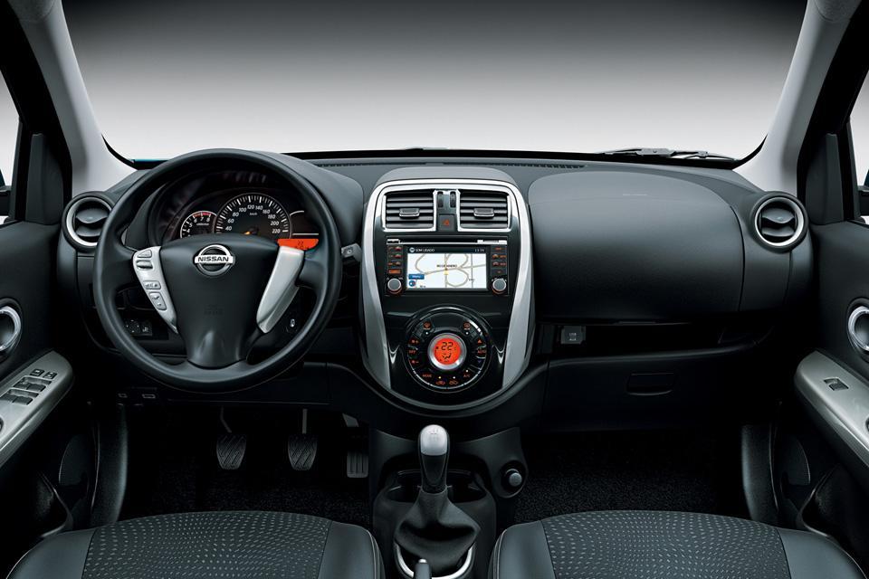 Novo Nissan March 2016 - Interior e Itens de série