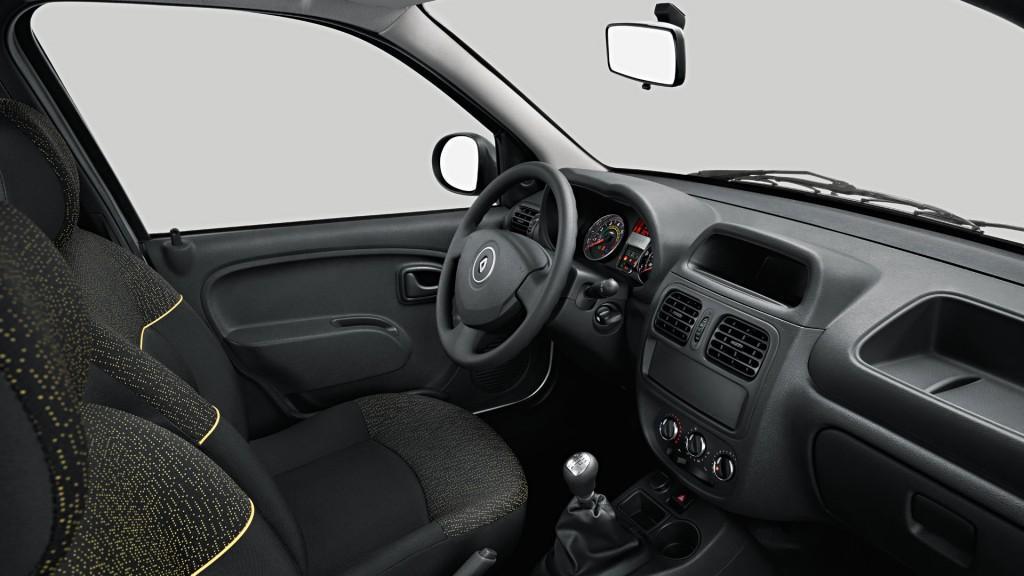 Novo Renault Clio 2016 - Iterior e itens de série