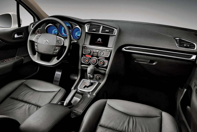 Novo Citroen C4 Lounge 2016 THP - Itens de Série