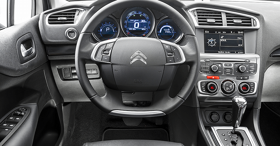 Novo Citroen C4 Lounge 2016 - Interior e por dentro