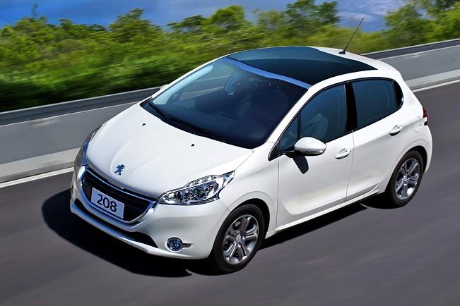 Peugeot 208 ou New Fiesta - Comparativo e melhor compra