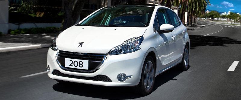 Peugeot 208 ou New Fiesta - Avaliação