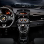 Novo-Fiat-500-2016-Abarth-4