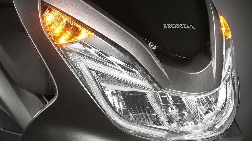 nova-Honda-PCX-150-2016-6