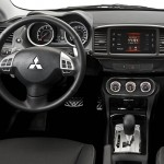 Novo-Mitsubishi-Lancer-2016-6