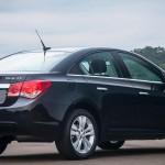 novo-cruze-2016-sedan-5