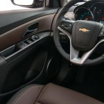 novo-cruze-2016-sedan-7