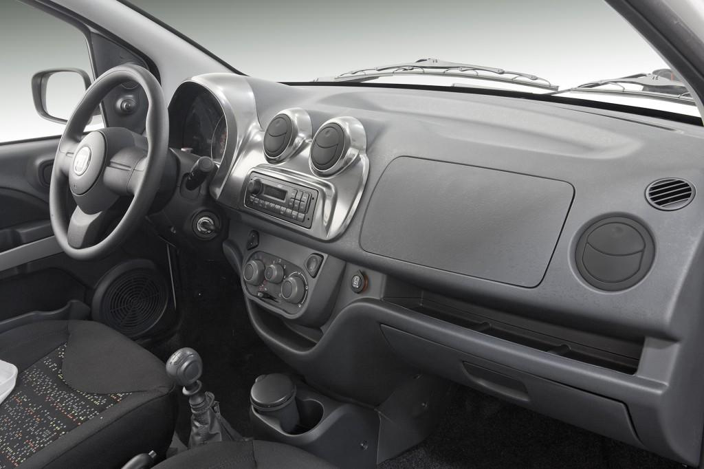 Novo Fiat Uno 2017 - Interior