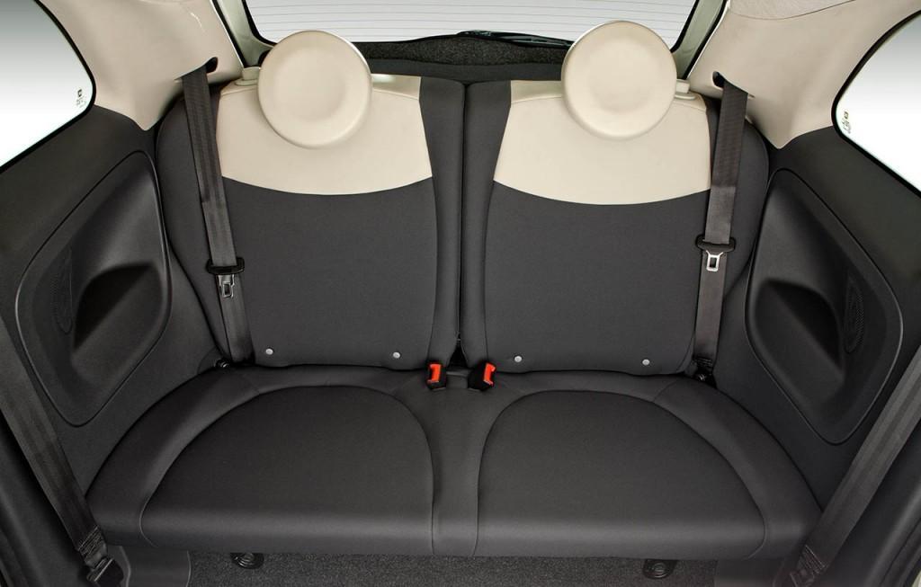 Fiat 500 2017 - por dentro