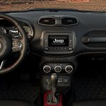 Jeep-Renegade-2017-9