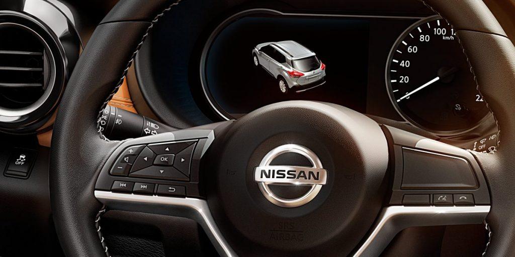 Nissan Kicks ou Peugeot 2008 - interior