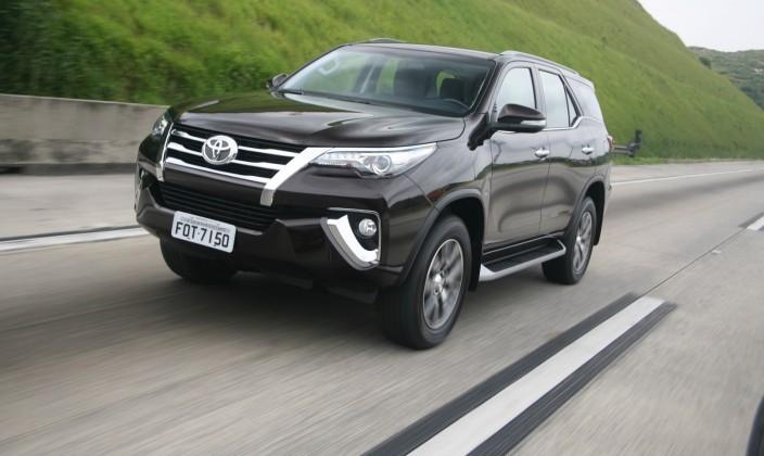 Toyota Hilux SW4 2017 - Consumo