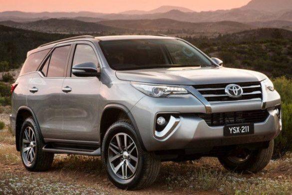 Nova-Toyota-Hilux-SW4-2017-7