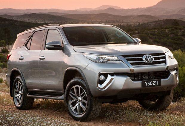 Toyota Hilux SW4 2017 - Fotos