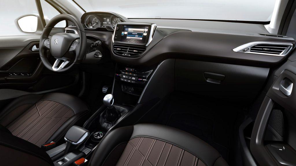 Novo Peugeot 2008 2017 - interior