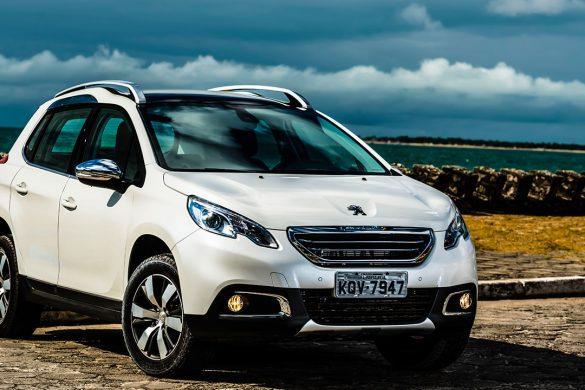 novo-Peugeot-2008-2017-4