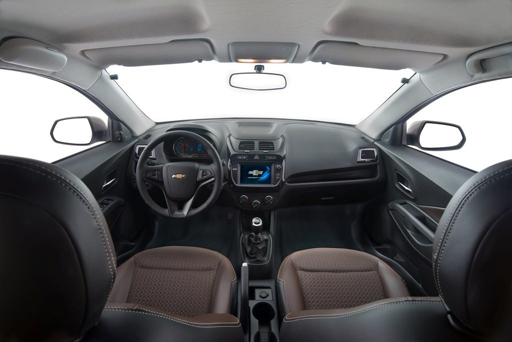 Chevrolet-Cobalt-LTZ-2017-12