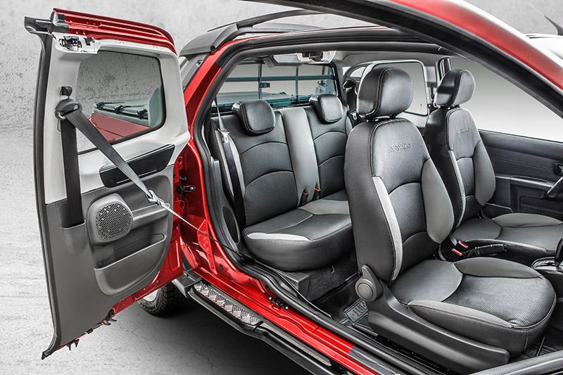 Fiat-Strada-2017-Adventure-13