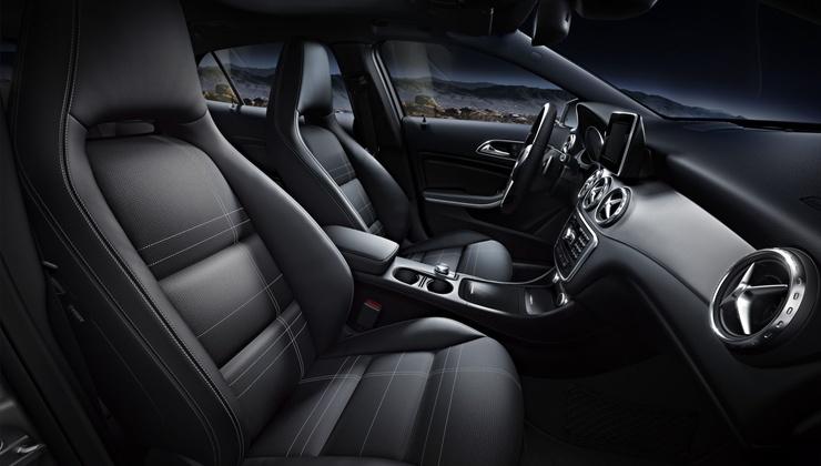 Novo Mercedes GLA 200 2017 - interior