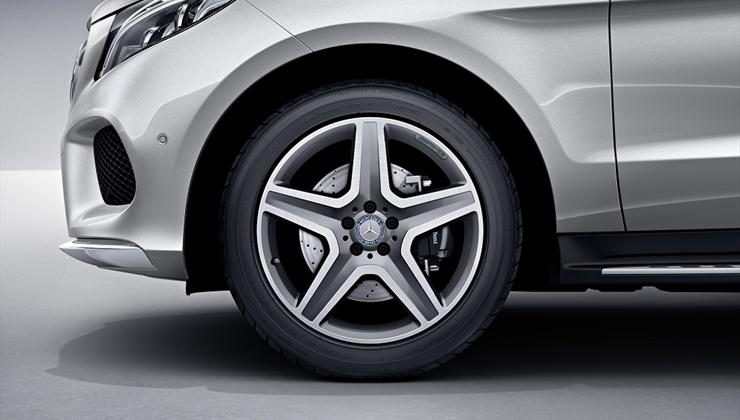 Mercedes GLE 350 2017 - rodas de liga leve