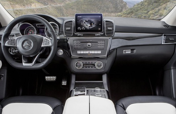 Mercedes GLE 350 2017 - Interior, por dentro