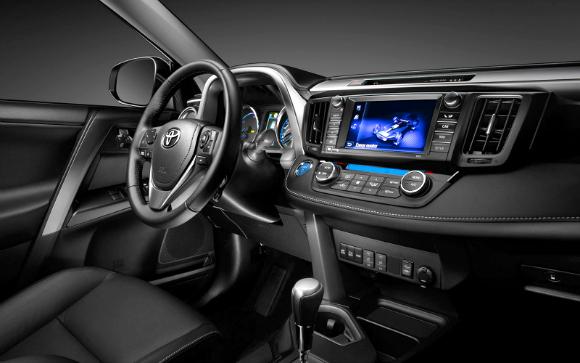 Toyota Rav4 2017 - por dentro