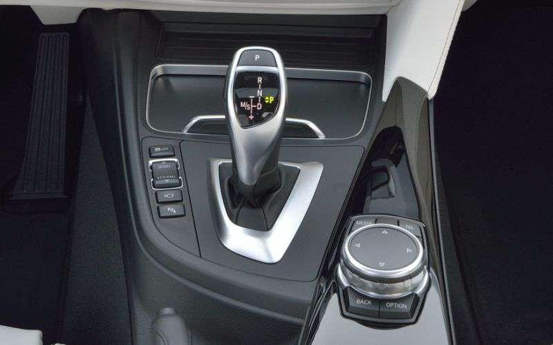 Nova BMW 320i 2017 - câmbio automático
