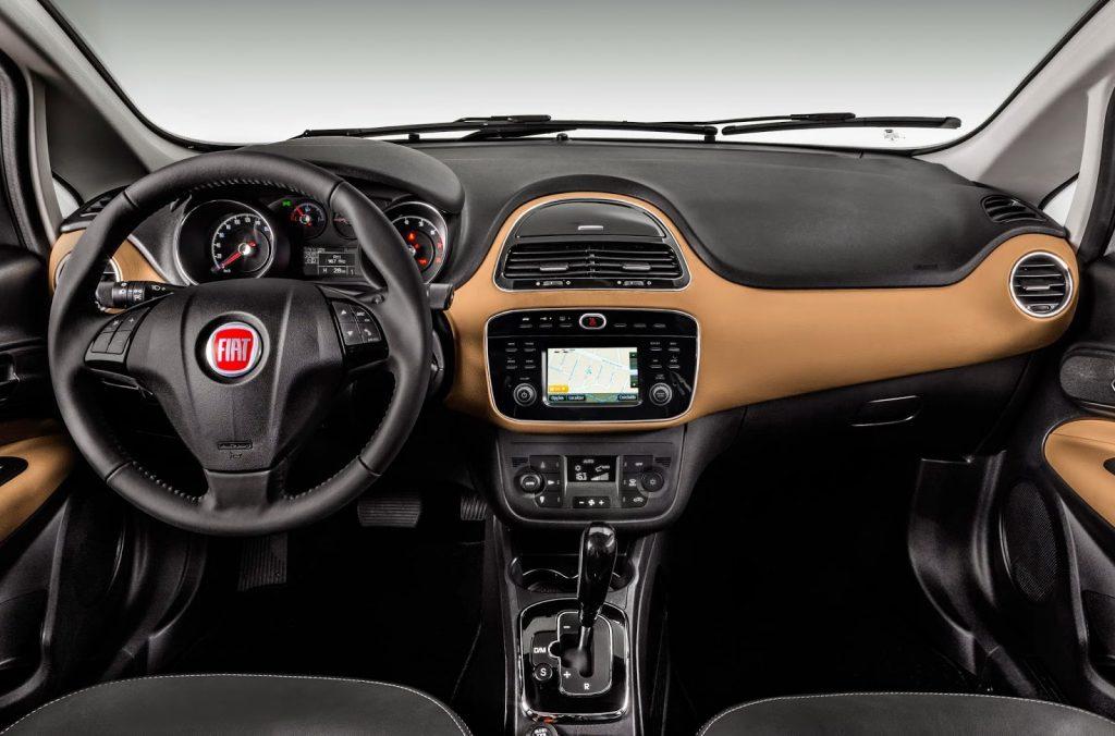 Fiat Bravo 2017 Sporting - por dentro