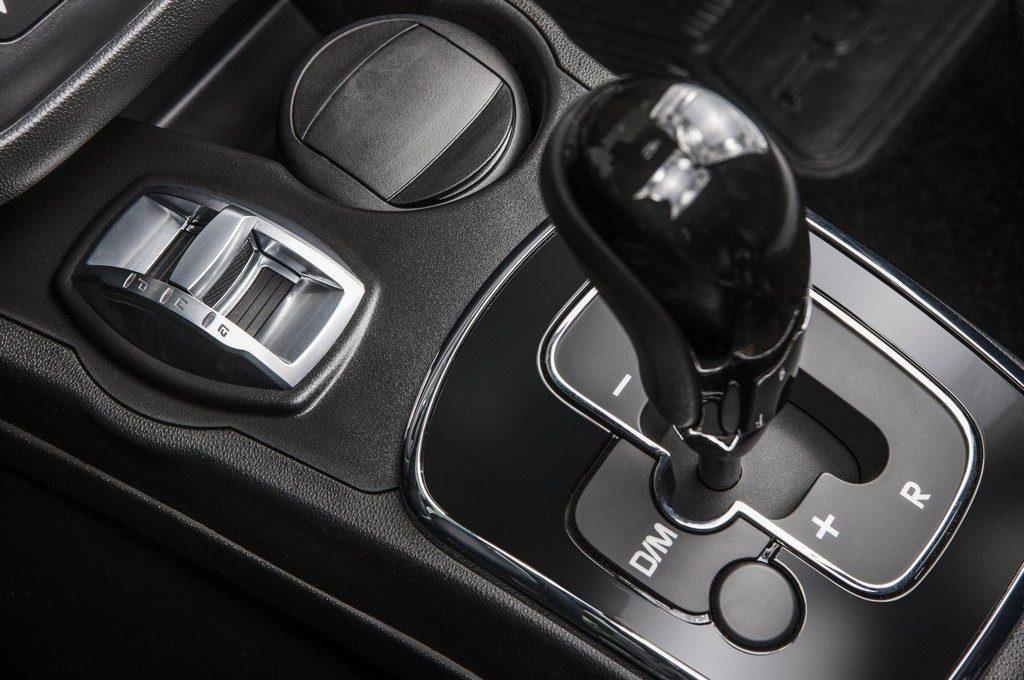 Fiat Punto 2017 Sporting - por dentro